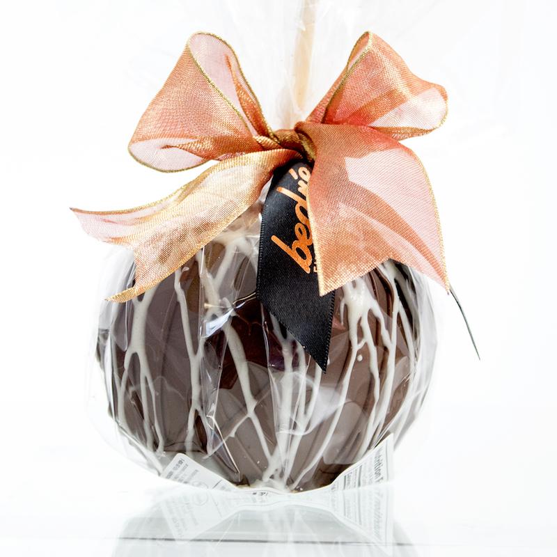 Chocolate Drizzle Caramel Apple